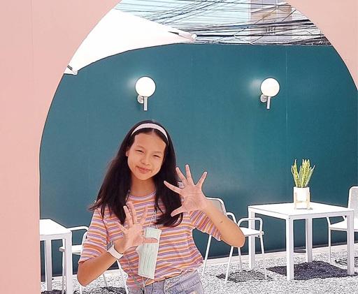 เด็กหญิงนันท์นภัสร สุขพานิช  น้องแตงกวา' 64